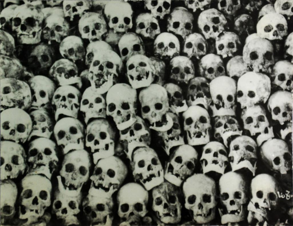 une cave du cimetière Hop Thien à Hanoï
